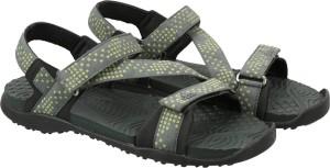 febe70deeb2 Adidas Men UTIIVY FTWWHT CBLACK SHOS Sports Sandals