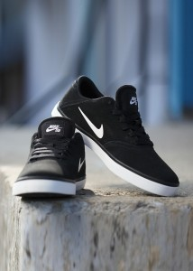 2ab9e037f234a Nike SB CHECK Sneakers Black Best Price in India