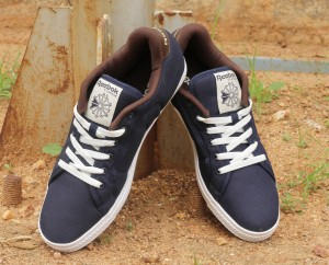 48647f57e8c Reebok COURT Sneakers Navy Blue White Best Price in India