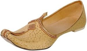 57b29c327281 Vision Art Craft Men s Floral Gold Silk Sherwani Jutti Jutis For Men ...