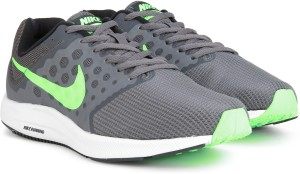 661606d5afca Nike DOWNSHIFTER 7 Running Shoes Grey Best Price in India