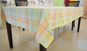Home Matters Checkered 6 Seater Table Cover