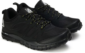 048ba67643b Reebok ADVENTURE VOYAGER Running Shoes Black Best Price in India ...