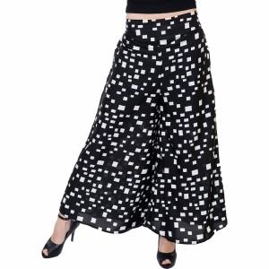 Tashi Flared Women Black, White Trousers