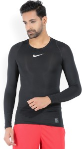 84ae5aea1eb Nike Solid Men s Round Neck Black T Shirt Best Price in India