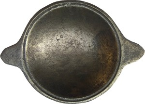 The Indus Valley Cast Iron Appam Pan With Handle (Pre Seasoned | 8 inch | 1.2 Kg) Appachatty Pan 20 cm diameter