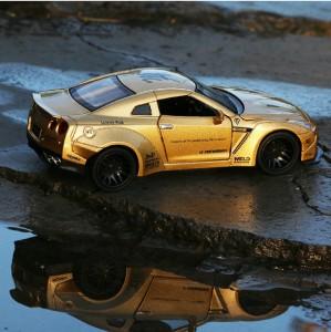 Emob Golden 1 32 Die Cast Metal Body Mini Auto Luxury Car Toy With