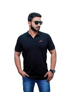 UOMO Solid Men's Polo Neck Black T-Shirt
