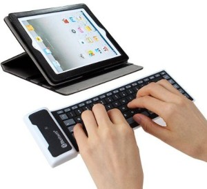 ROQ Wireless Rubber Silicon Bluetooth Tablet Keyboard