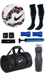 Retail World Cachana Cope America 2015 Multicolor Football (Size-5) Combo Football Kit