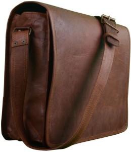 Pranjals House 18 inch Laptop Messenger Bag