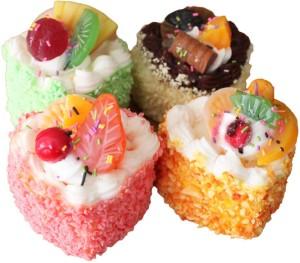 GeekGoodies Pastry Cake Sweet Decorative Food Fridge Magnet