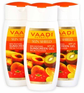 Vaadi Herbals Sunscreen Gel with Mix Fruit Extracts- SPF 25 - Pack of 3110  ml