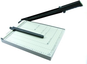He Retail A4 13inch Plastic Grip Guillotine Paper Cutter