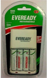 Eveready 1000 Series Charger with 4Pcs 700 MAH AA+AA Rechargeable Ni-MH Battery
