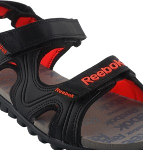 c4e6795cb2ab Reebok Women BLACK GRAVEL ATOMIC RED Sports Sandals Best Price in ...