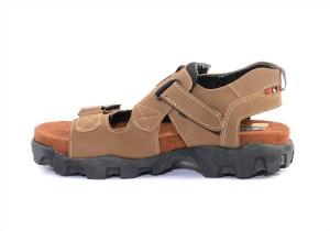 ef1bbb0b6fc Binutop Men Cheeku Sandals Best Price in India