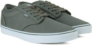 1d609cea6c4052 VANS ATWOOD Men Sneakers Grey White Best Price in India