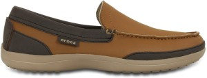 b900b3e393729c Crocs Wrap ColorLite M Loafers Best Price in India