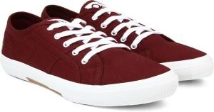 929fec91d73 United Colors of Benetton Men Sneakers ( Maroon White )