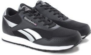0b87413878f8 Reebok CLASSIC PROTONIUM Sneakers Black Best Price in India