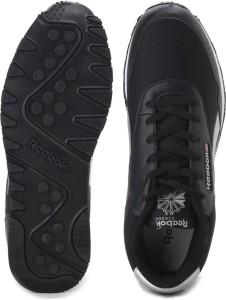 14dcea6dcaee Reebok CLASSIC PROTONIUM Sneakers Black Best Price in India
