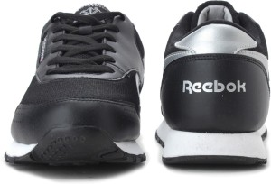 cbfe29e302494a Reebok CLASSIC PROTONIUM Sneakers Black Best Price in India