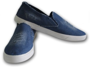 020fb959cb6376 Adorz Men s Shoes Loafers Blue Best Price in India