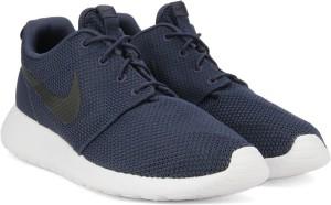 timeless design f3fae 51cea Nike ROSHE ONE Sneakers