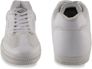 d84d8c6f0c9808 Reebok Classics CLASS BUDDY Sneakers White Best Price in India ...
