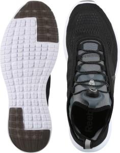 abd9e5bcc05168 Reebok PUMP PLUS TECH Running Shoes Black Best Price in India ...