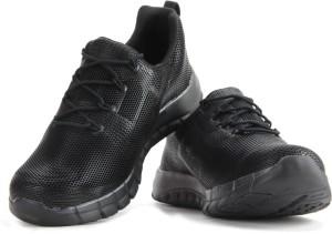 Reebok REEBOK ZPUMP FUSION PU Men Running Shoes Black Best Price in ... 1f98ce7ad