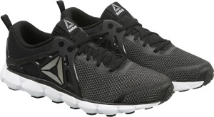 43c79de8614f Reebok HEXAFFECT RUN 5 0 MTM Running Shoes Black Best Price in India ...
