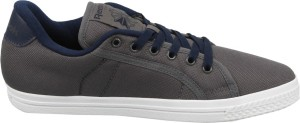 358be05539e Reebok COURT LP Sneakers Grey Best Price in India
