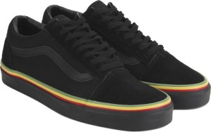 0f78fb207400a2 VANS Old Skool Sneakers Black Best Price in India