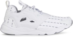 Reebok FURYLITE NEW WOVEN Lifestyle Shoes White Best Price in India ... bef48c31f