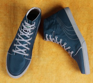 86bcda4e5331 Puma Drongos DP Men High ankle sneakers Blue Best Price in India ...