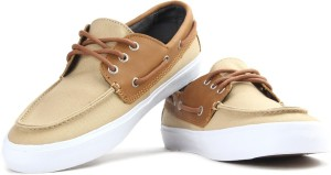 527d0140cab434 VANS CHAUFFEUR SF Men Boat Shoes Beige Brown Best Price in India ...
