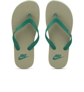 0adc0f08c9be Nike AQUASWIFT THONG Slippers Best Price in India