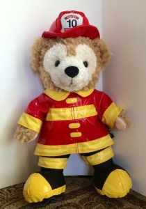 Disney Parks Fireman Fire Fighter Duffy Bear Mickey Mouse New