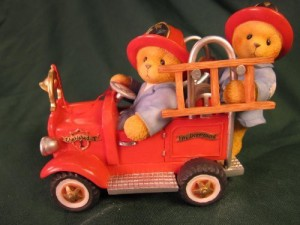 Enesco Corporation, Itasca, IL Cherished Teddies Dustin And Austin Hold On For The Ride