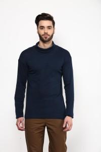 Hypernation Solid Men's Turtle Neck Blue T-Shirt