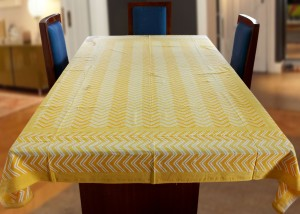 Coco Bee Geometric 6 Seater Table Cover