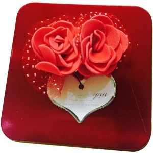 84716ab5a5 Priyankish RED ROSE VALENTINE GIFT BOX Showpiece Gift Set Best Price in  India   Priyankish RED ROSE VALENTINE GIFT BOX Showpiece Gift Set Compare  Price List ...