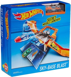 Hot Wheels Sky - Base Blast Play Set DNN75