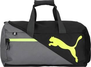 Puma Ferrari Replica Medium Teambag Travel Duffel Bag Rosso Corsa ... 417543e612a9c