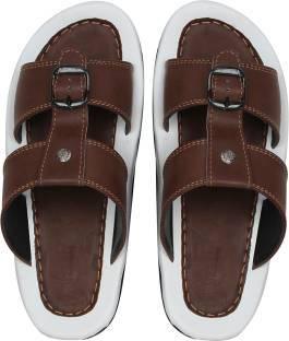 1017acd08d3 Binutop Men Brown Sandals - Buy Brown Color Binutop Men Brown ...