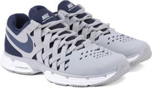 Nike LUNAR FINGERTRAP TR Training   Gym Shoes For Men - Buy Nike ... 0843634cc