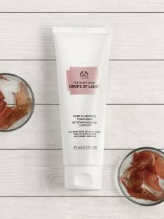 THE BODY SHOP Drops of Light Pure Clarifying Foam Face Wash