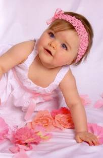 Posterhouzz Baby Girl With Lovely Frock Fine Art Print Quotes